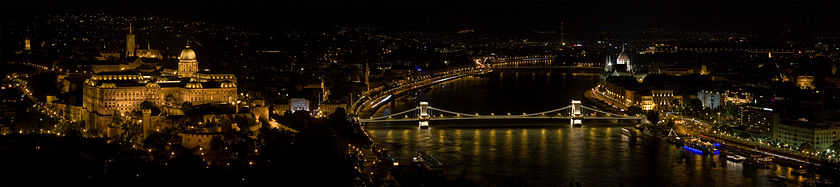 Budapest_from_Gellert_Hill_MC