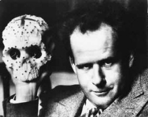 Sergei_Eisenstein_with_skull